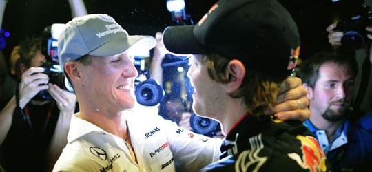M. Schumacher Vettelnek gratulál